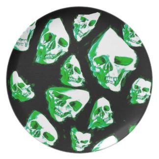 crazy skulls green party plates