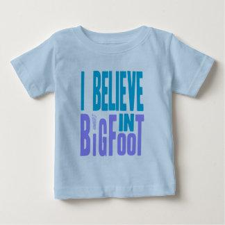 ¡Crea en Bigfoot! Poleras