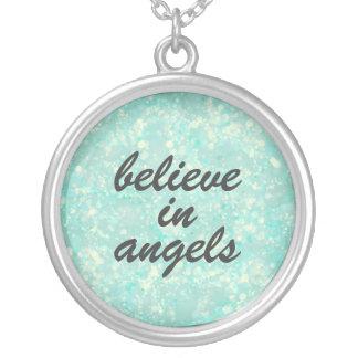 Crea en cita de los ángeles colgante redondo