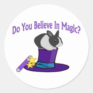 Crea en magia pegatina redonda