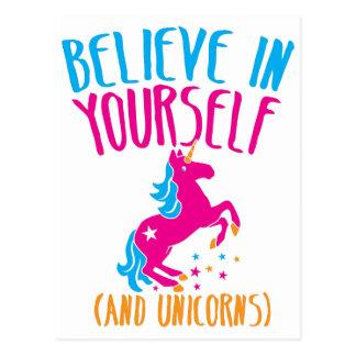 Crea en sí mismo (y unicornios) tarjeta postal