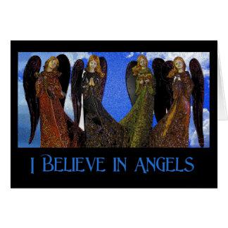 Crea en tarjeta de felicitación de los ángeles