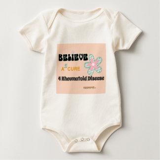 Crea en una curación mamelucos de bebé