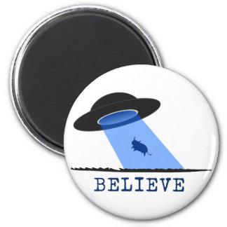 Crea (UFO que emite encima de vaca) Imán Redondo 5 Cm
