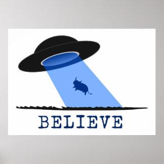 Crea (UFO que emite encima de vaca) Póster