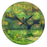 Creación abstracta de la primavera - verde y renov relojes