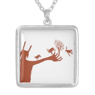 Creación del collar del arte de la roca de la vida
