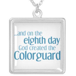 Creación del Colorguard Colgante Cuadrado