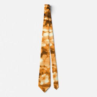 Creación floral de la armonía brillante anaranjada corbata personalizada