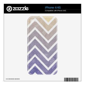 Cream Purple Chevron Pattern Skin For The iPhone 4
