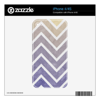 Cream Purple Chevron Pattern Skin For The iPhone 4S