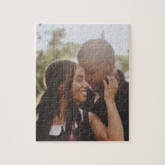 Create your own custom made photo personalized jigsaw puzzle