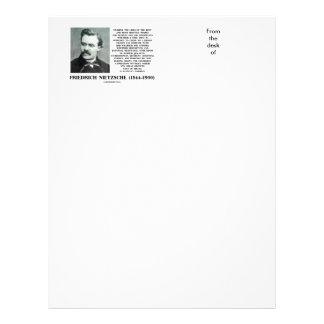 Crecimiento favorable Nietzsche de las condiciones Membrete A Diseño