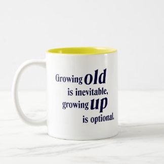 Crecimiento viejo/crecer la taza del regalo
