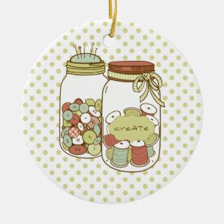 Cree el tarro de albañil y el ornamento de los adorno navideño redondo de cerámica