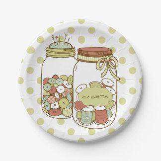 Cree el tarro de albañil y las placas de papel de platos de papel