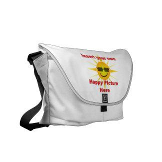 Cree la su propia bolsa de mensajero feliz del dis bolsas de mensajería