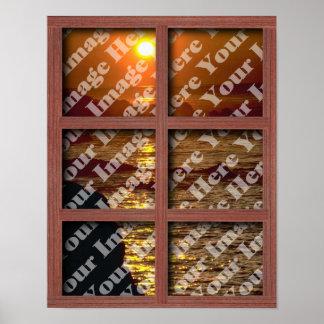 Cree su propia ventana con el marco del panel del  póster
