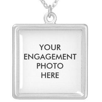 Cree su propio collar de la foto del compromiso