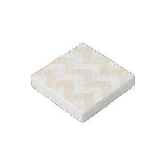 Cree su propio modelo de zigzag blanco antiguo imán de piedra