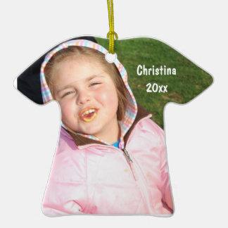 Cree su propio recuerdo de la foto de la camiseta adorno navideño de cerámica en forma de playera