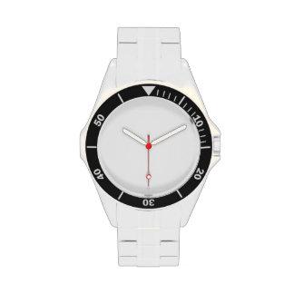 Cree su propio reloj clásico del acero inoxidable