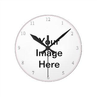 Cree sus los propios añaden el texto del reloj redondo mediano