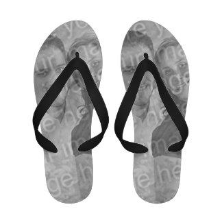 Cree sus propias sandalias del flip-flop