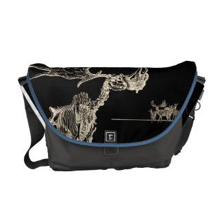 Creepy Elk Skeleton with Deer Animal Bones Messenger Bag