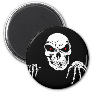 Creepy Skull Magnet
