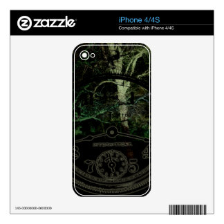Creepy Trees Time Skin For The iPhone 4S