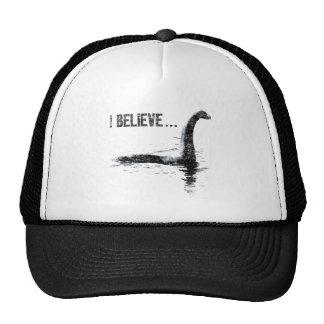 Creo… al monstruo de Loch Ness Gorros Bordados