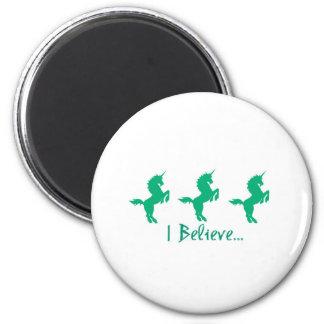 Creo diseño verde del unicornio iman de frigorífico