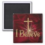 Creo el imán cruzado cristiano