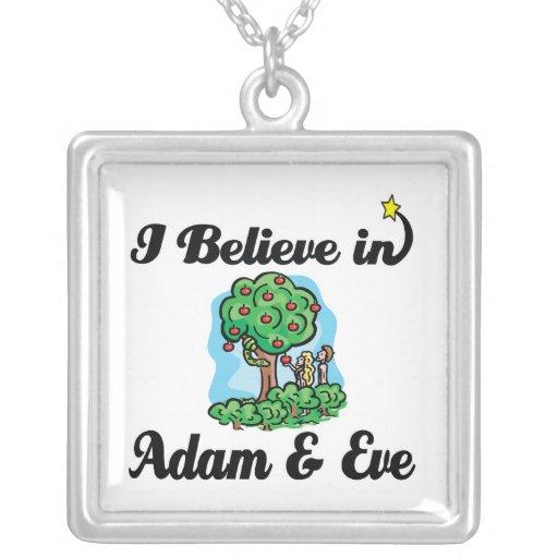 creo en Adán y Eva Colgantes