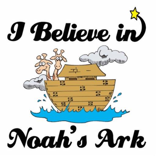 creo en arca de los noahs esculturas fotográficas
