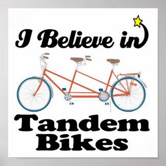 creo en bicis en tándem póster