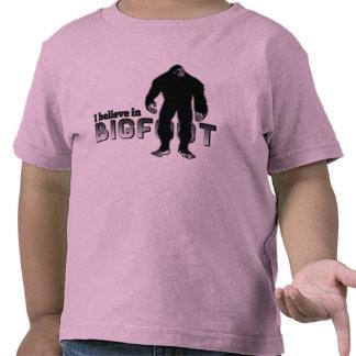 Creo en BIGFOOT Camisetas