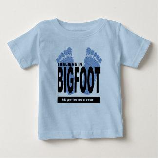 Creo en Bigfoot Remeras