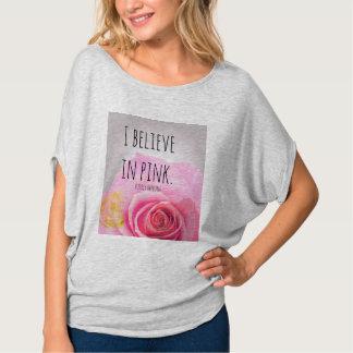 Creo en camisa rosada