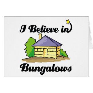 creo en casas de planta baja tarjeta de felicitación