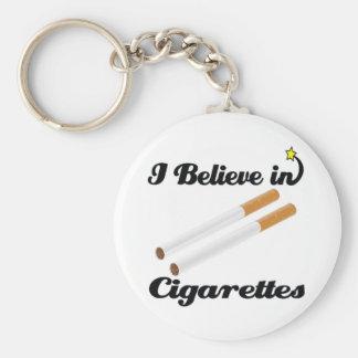 creo en cigarrillos llavero personalizado