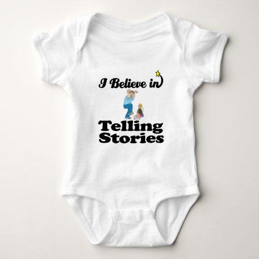 creo en contar historias camiseta