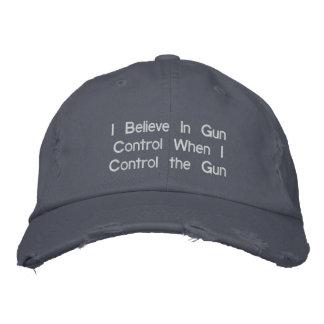 Creo en control de armas cuando controlo el arma gorras bordadas