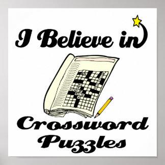 creo en crucigramas póster