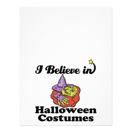 creo en disfraces de Halloween Tarjetones