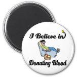 creo en donar sangre iman de nevera