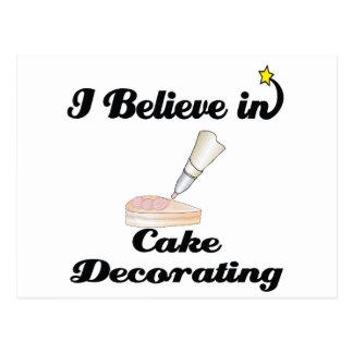 creo en el adornamiento de la torta postal