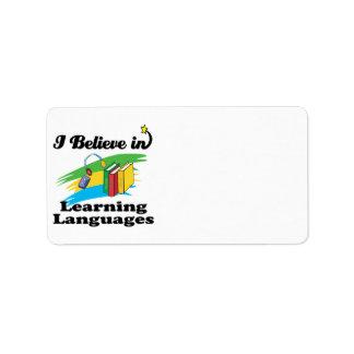 creo en el aprendizaje de idiomas etiquetas de dirección