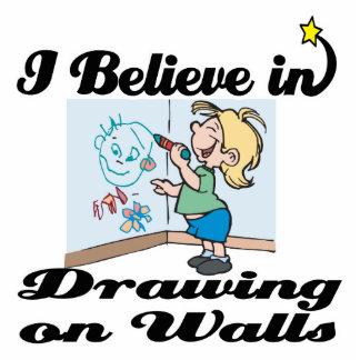 creo en el dibujo en las paredes fotoescultura vertical
